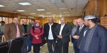 محافظ الاسماعيلية يلتقى مجموعة من أهالى ومواطني قرية أبوعطوة لمناقشة أهم المشكلات الجماهيرية
