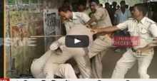 شاهد: مشاجرة بين رجال شرطة على تقسيم الرشوة في الهند