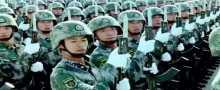 إستعراض مسير الجيش الصيني تناسق خيالي وإبداع