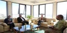 السوداني يلتقي مع سفير جمهورية التشيلي لبحث سبل تعزيز التعاون الثقافي بين البلدين
