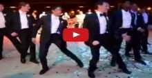 عريس يفاجئ العروس برقصة جماعية رائعة