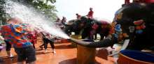 أجمل لقطات مهرجان رش الأفيال للمياه فى تايلاند