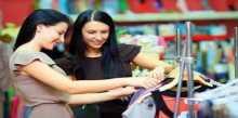 دراسة: اتباع الموضة بشكل مفرط يؤثر على صحة المرأة