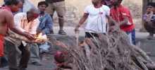 اشتعال النيران في دار جنازات أثناء حرق شخص مفرط البدانة