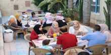 إدارة نادي قلقيلية ومركز مصادر التنمية الشبابية ينفذان الإفطار الجماعي