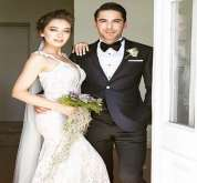 استوحي فستان زفافك من نجمات تركيا