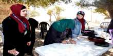 محافظة سلفيت ووكالة الغوث تنظمان يوم ترفيهي للمسنات