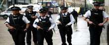 الشرطة البريطانية ترفع الطوق الأمني عن مناطق في لندن