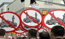 استطلاع رأي أوروبي: معاناة المسلمين من التمييز في أوروبا تتفاقم