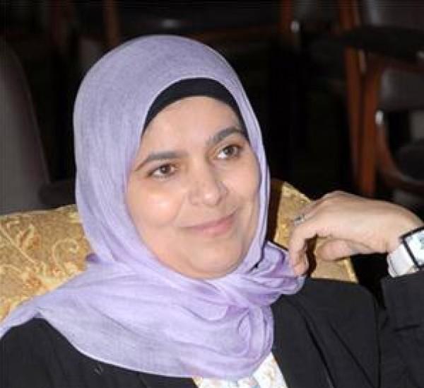 د. هيفاء السنعوسي: أنا لست ضد الرجل كما جرى العُرف في معظم كتابات الأديبات العربيات شعرا ونثرا