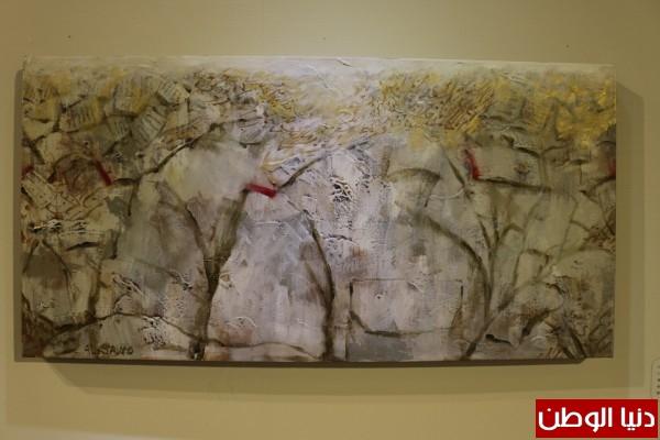 """علي الخوار يحضر معرض """"ورق وأغاني"""" للفنان وضاح السيد"""