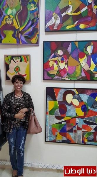 الفنانة التشكيلية المغربية والدولية » لبابة العلج » فنانة رائدة في عالم اللوحة