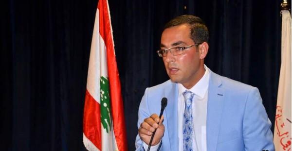 الشاعر جهاد الحنفي: لدى الشعب الفلسطيني طاقات ابداعية غنية بالعطاء
