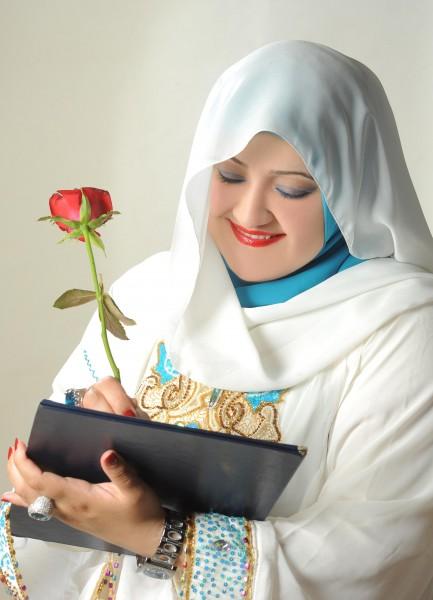 د.سناء الشعلان : أكتب ليصبح العالم أنقى ولو على الورق