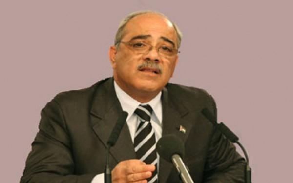 طرطشات بقلم:د. فتحي أبو مغلي