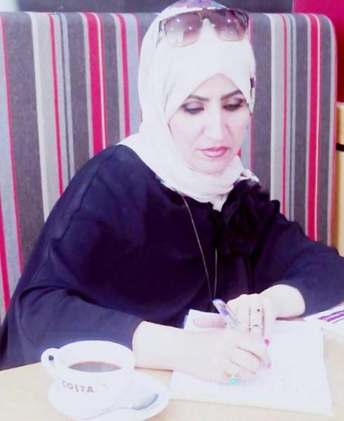 خالد ديريك يحاور الشاعرة مها عفاني