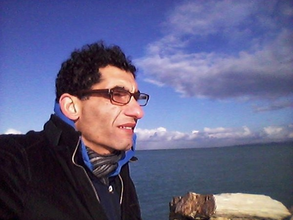 قصتي مع الغربة بقلم:د. محمود الفطافطة