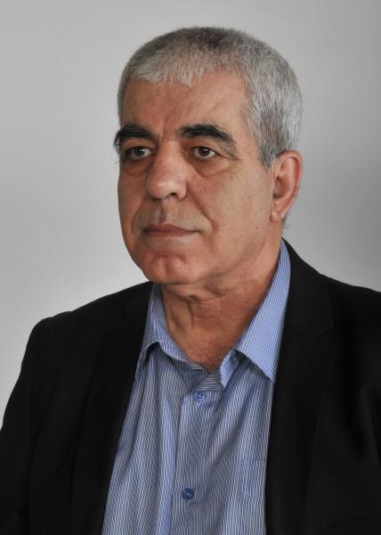 الشاعر كمال ابراهيم يُطِلُّ في حوار تجريه معه راديو عليسة أف أم من تونس