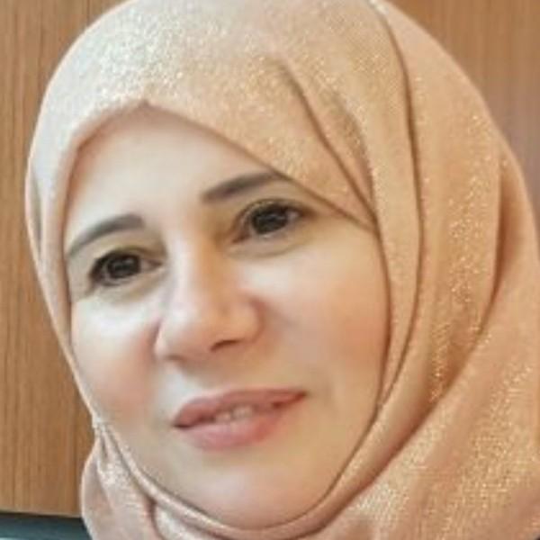 الشاعرة آمنه حسين أبو مهنا: في الشعر الحب هو سيد الموقف ويقود القصيدة