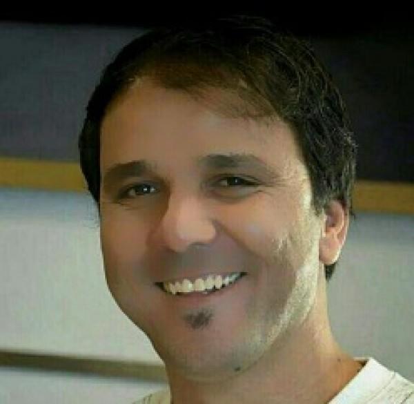 خلف القمة بقلم: خالد ديريك