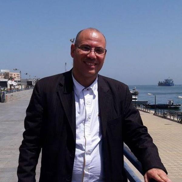 إعترافاتٌ لحاكمٍ مخلوع للشاعر عبدالناصر الجوهري