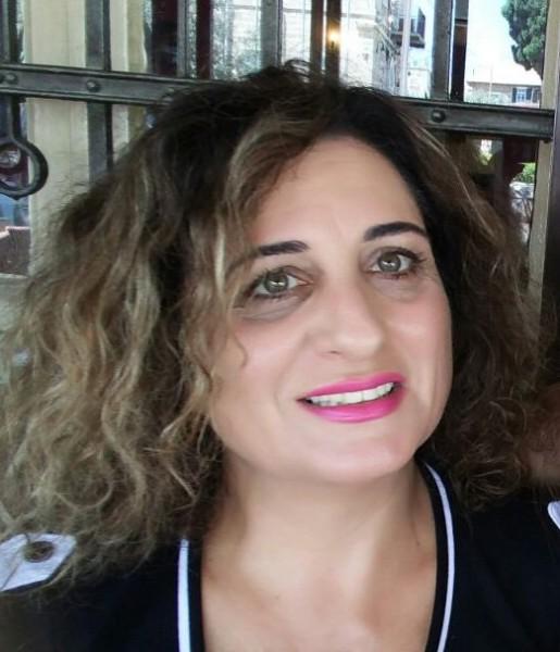 الشاعرة ليليان بشارة منصور تصدر ديوانها الشعري الجديد