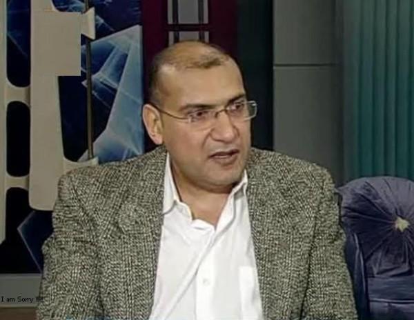 الكاتب أحمد اليمنى: شريحة إلكترونية تحول الإنسان إلى آلة ترسل وتستقبل!!