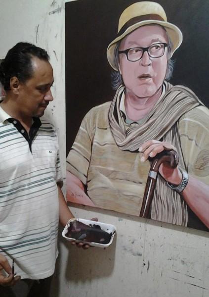 الفنان التشكيلي المغربي أحمد الهواري .. لن أستغني عن اللوحة فهي بمثابة أمي الحنون ..