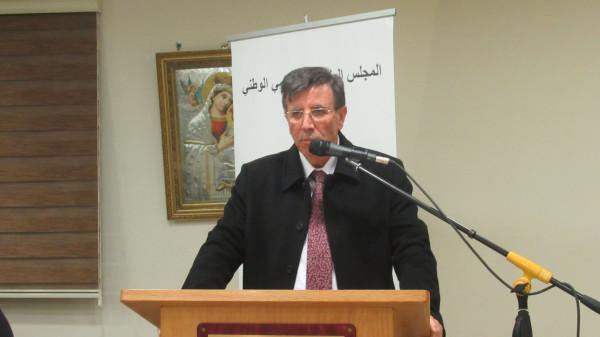 حسين مهنا شاعر واسع الثقافة يؤثث أشعاره برؤية فكرية عميقة بقلم: د. رياض كامل