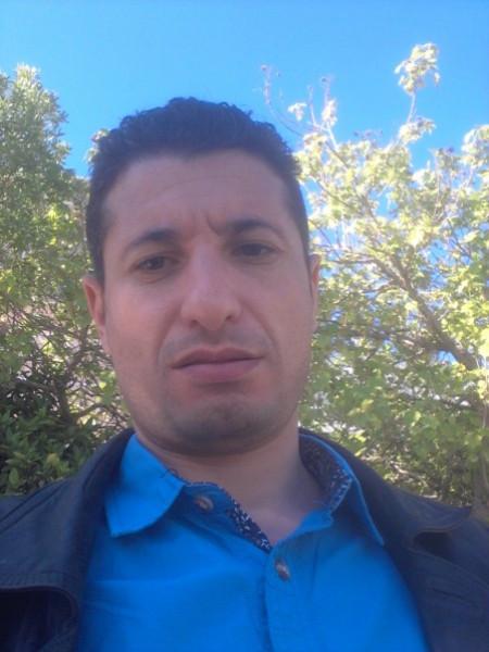 فرحة الشعب الجزائري..إستقالة الرئيس بوتفليقة من العهدة الخامسة  بقلم: فؤاد الصباغ