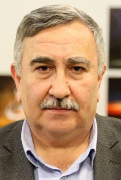 """رحل الطيب تيزيني وهو يقول """"سامحونا"""" بقلم: أحمد مظهر سعدو"""