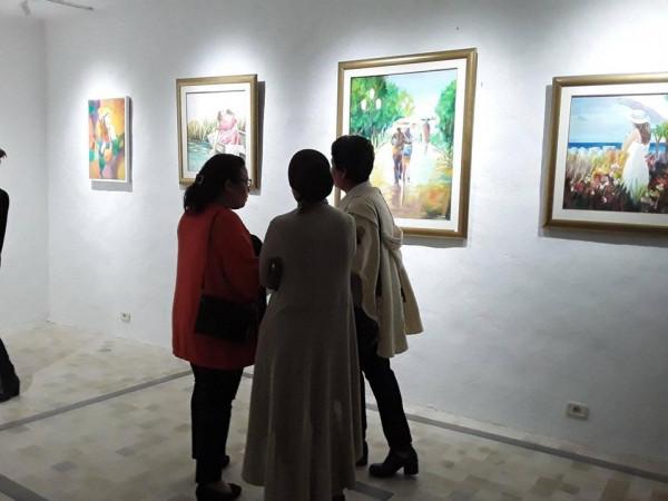 """اختتام المعرض الخاص """"ألوان و أذواق"""" بجربة للرسامة سلوى الكعبي"""