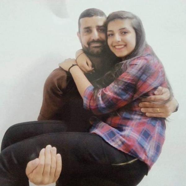 """اقرأوا قصة """"زينة"""" ابنة الأسير مجد بربر بقلم:عبد الناصر فروانة"""