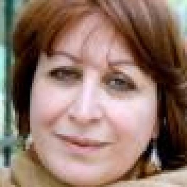 العراق ينزف ويعزف بقلم:إنعام كجه جي