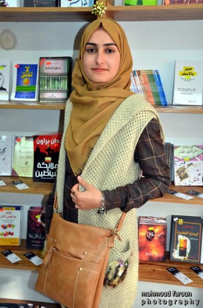 نحن والحزن جيران بقلم:شهيرة أبو الكرم