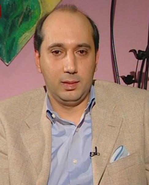 الثورة الإنسانوية  بقلم:حسن عجمي