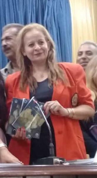 الشاعرة هيفاء نصري: قلمي ما يزال سلاحي ضد ما تتعرض له بلدي