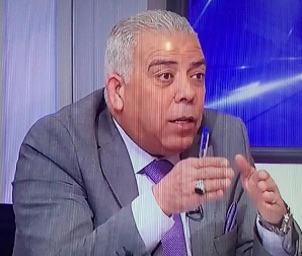 دور الأكاديميين والمثقفين في مواجهة مشروع الضم بقلم:أنور رجب