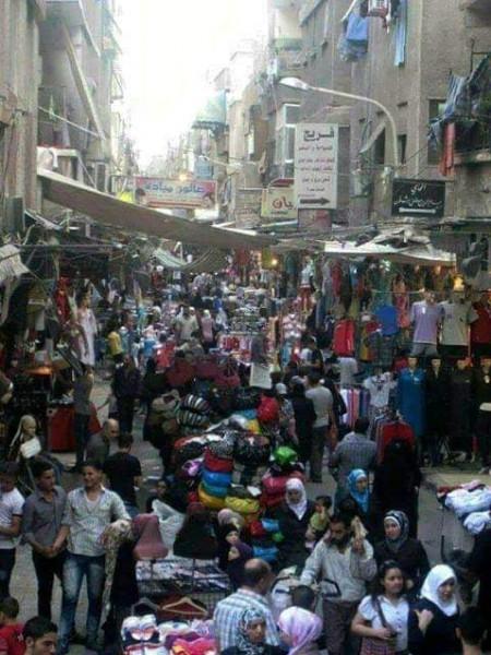 """سوسيولوجيا مخيم اليرموك وجيرانه.. إلى شلة """"جمعة مشمشية"""" التفكيكية بقلم علي بدوان"""