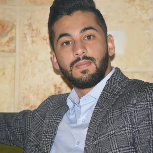 """الشاعر عمر عمارة يستعد لإصدار عمله الروائي الأول بعنوان"""" واحد وثلاثون يوما"""""""