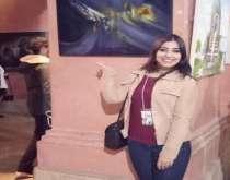 """الفنانة الشابة """"سلمى أوباد"""" ترسم الحب والجمال في لوحاتها"""